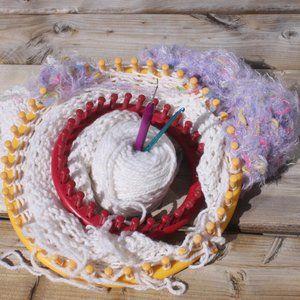 Knitting Lot 2 Knitting Looms 2 Hooks 2 yarn bundl